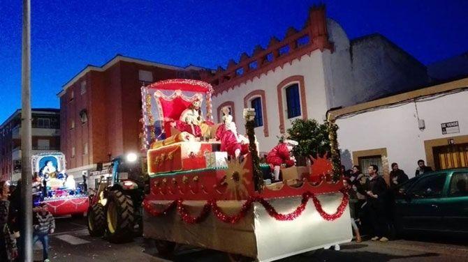 Carrozas De Reyes Magos Fotos.17 Carrozas Conformaran La Cabalgata De Sus Majestades Los